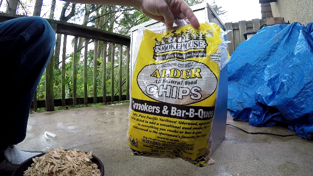 best-wood-chips-for-smoker